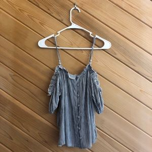 NWT! American Eagle Cold Shoulder Striped Top (M)